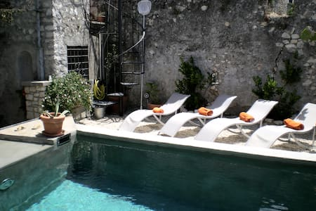 Sermoneta, Historic Stone House with Pool, in a Medieval Hill Town  Close to Rome and Naples