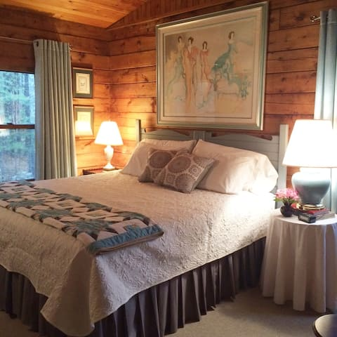 Sheffield Lodge - Greylock Room