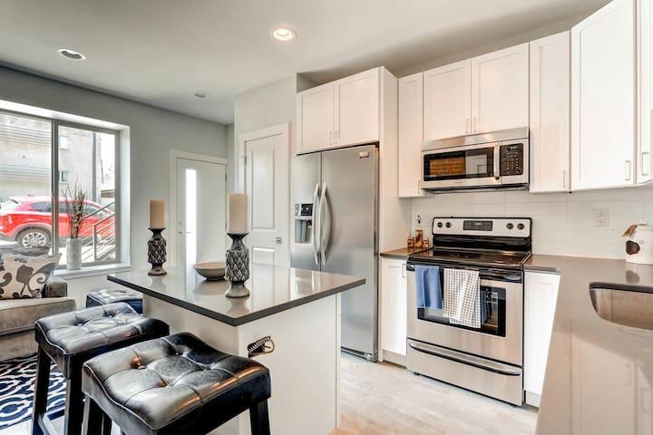 Beautiful LoHi 1BR Apt in Amazing Location! - Denver - Appartement