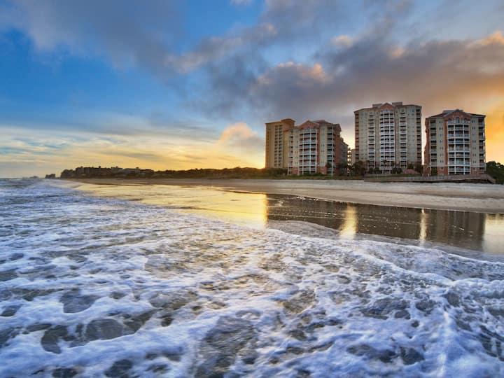 Marriott OceanWatch Villas - Ocean View 2 Bedroom