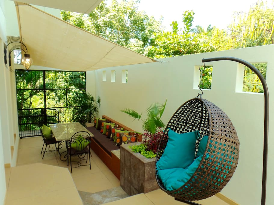 Tranquil and Serene completely Private Tropical Patio/Dining and Entertaining Area