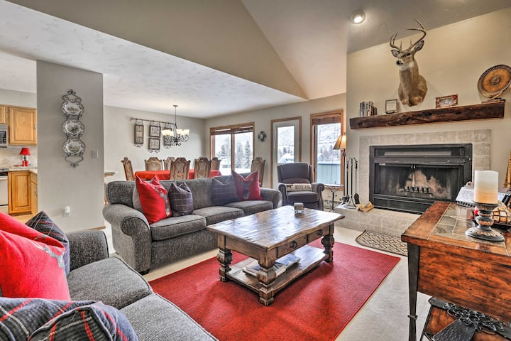 Eclectic Eagle-Vail Condo: 2 Miles to Beaver Creek