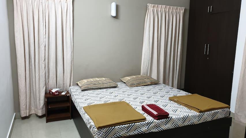 Bed room 2 A/C