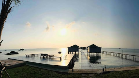 Lotus home, a sunrise overwater getaway