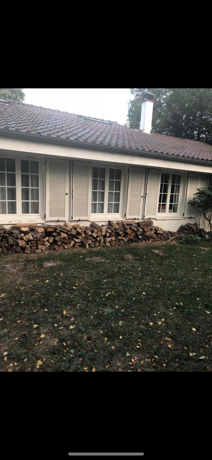 Jolie villa à Auffargis