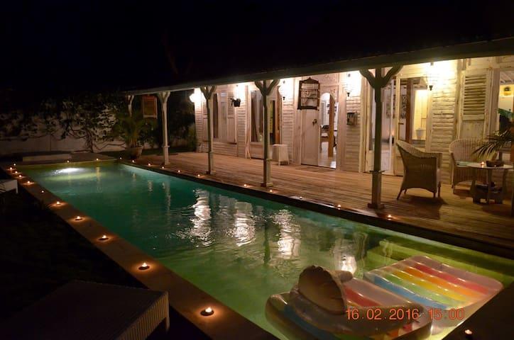 Très jolie villa de style colonial - Kuta Utara - Villa