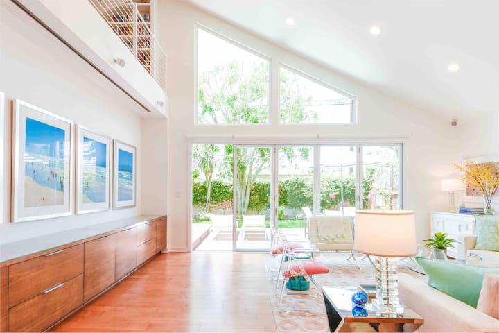 Mar Vista 3bed/2.5bath Designer Home, Open Layout