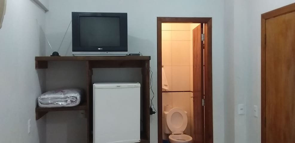 quarto no centro de baln Camboriú próximode tudo