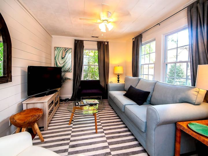 Green Cottage - Myers Park