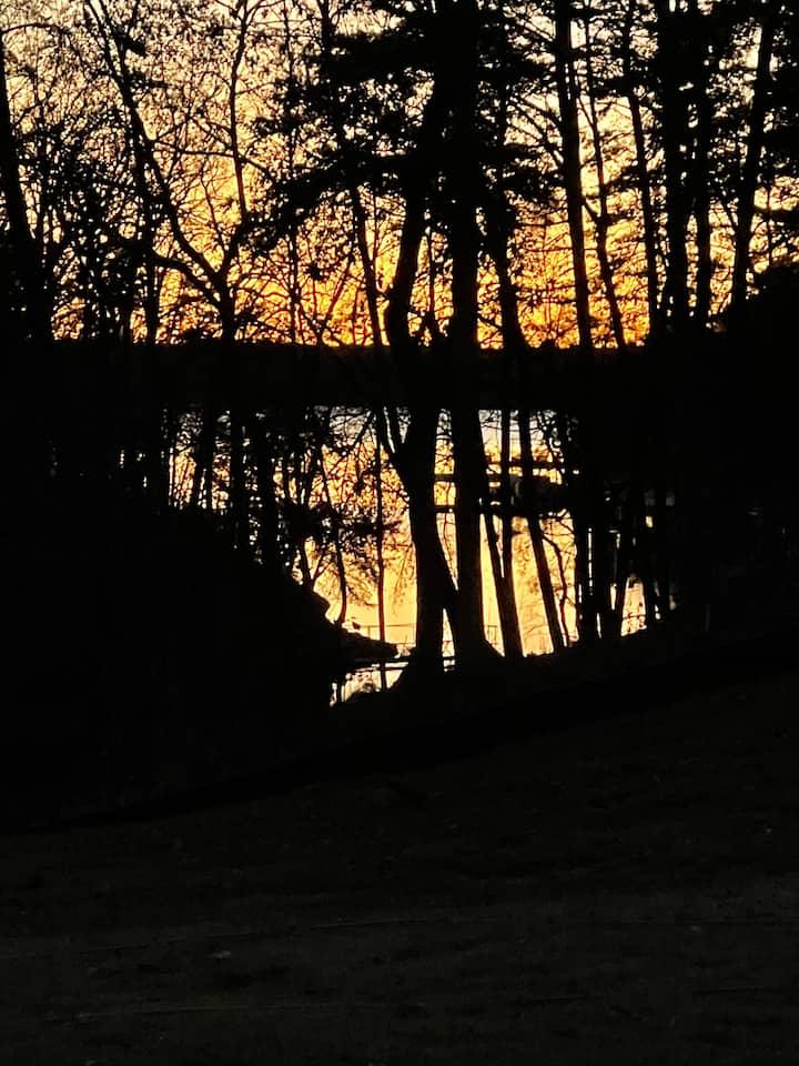 Sunset Cove on Lake Hartwell