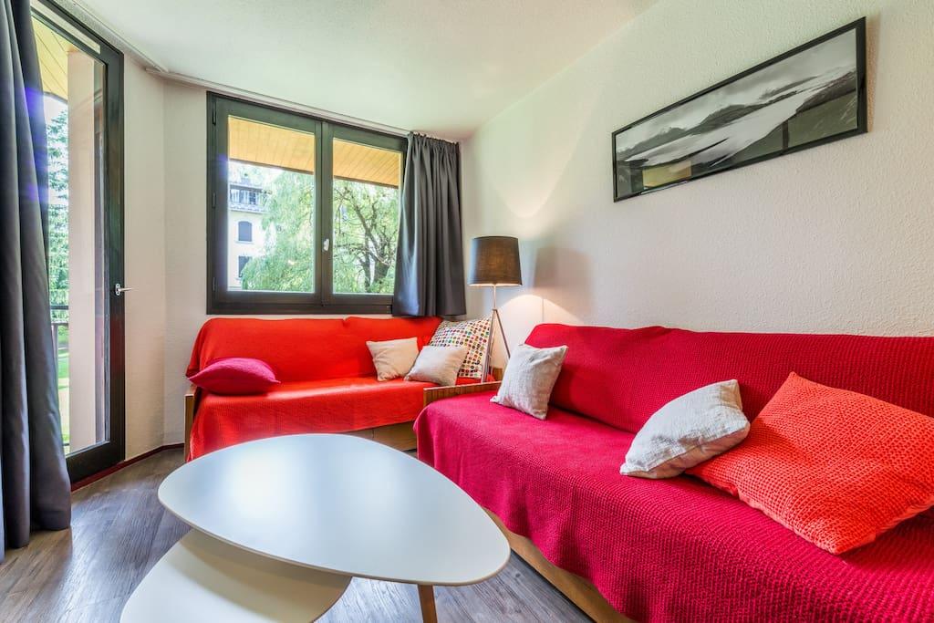 Salon : les canapés se déploient en 3 lits simples