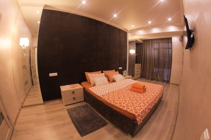 Дизайнерская квартира - Алматы - Apartment