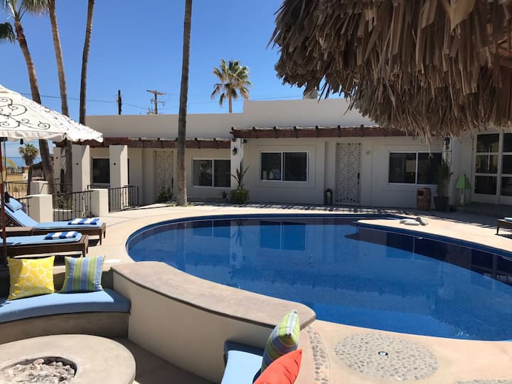CASARENA 6 BD, Fam Room, Pool, Grill & Fire Pit