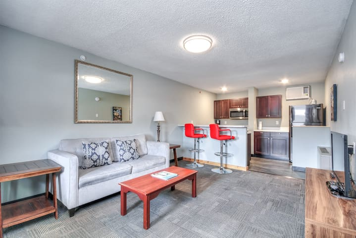 Suite 216 - 1BR apartment with a king bed, kitchen - 2nd floor