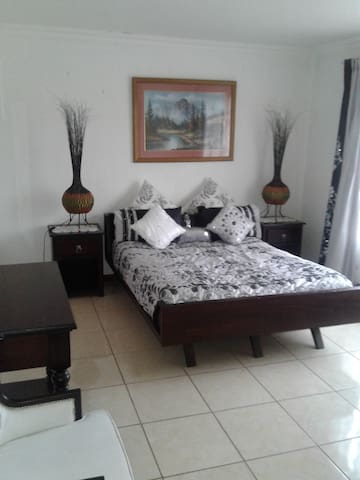 Villa Belle guest house - Springs