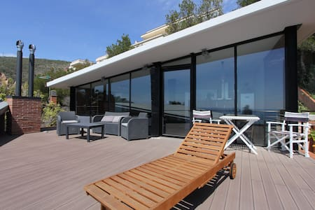 Duplex with terrace and sea view Castelldefels - Castelldefels - Lejlighed
