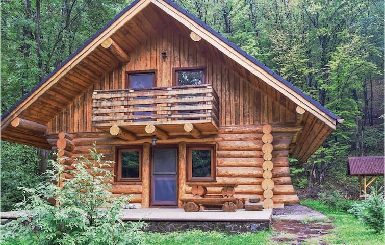 Holiday cottage with 2 bedrooms on 101m² in Kamenec p.Vtacnikom