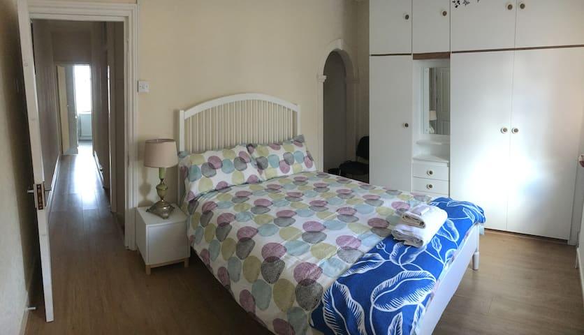 Old victorian Gem - Big Double Room