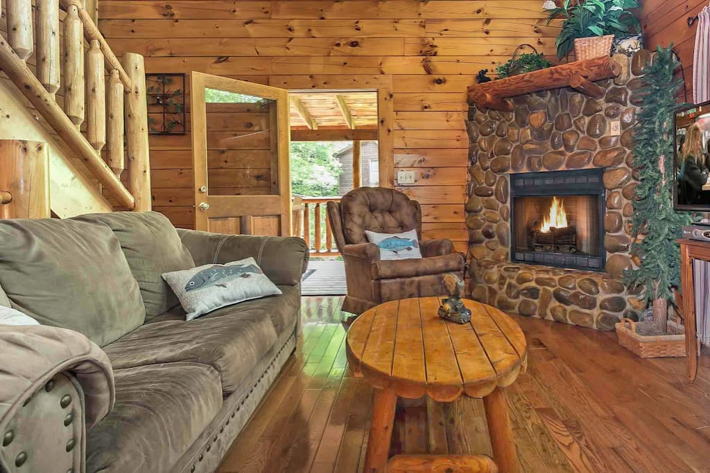 Snuggle up in the cozy den in front of the stacked river stone gas fireplace, also enjoy flat screen tv/dvd/cable!