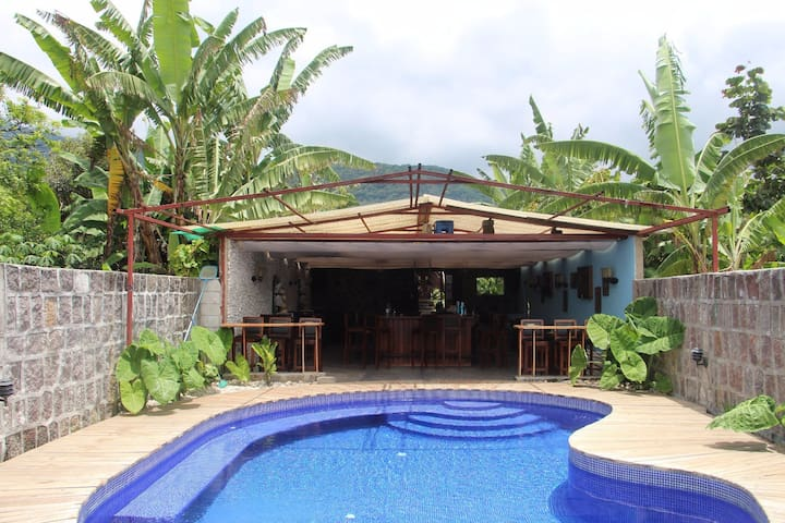 Zoola San Pedro With Pool on site - San Pedro La Laguna - Apartamento