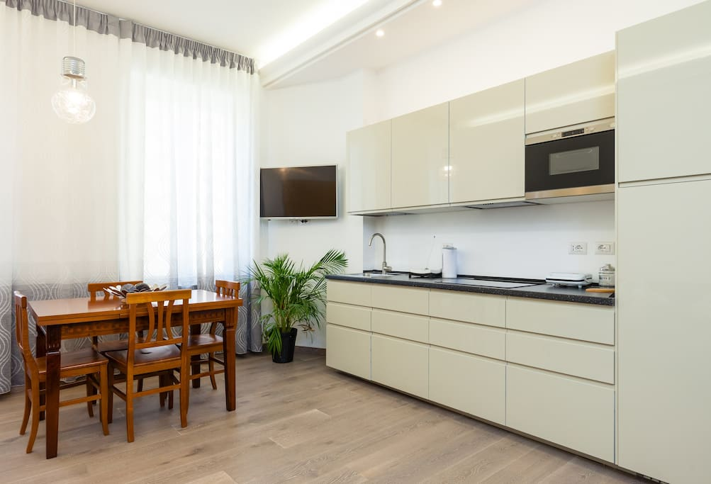 Luxury 2BR 2BA apartment Rome