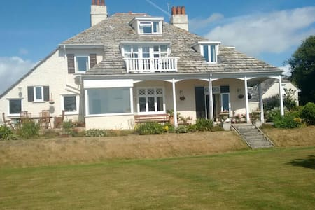 Great seaviews!! Private ensuite. - Seaton - House
