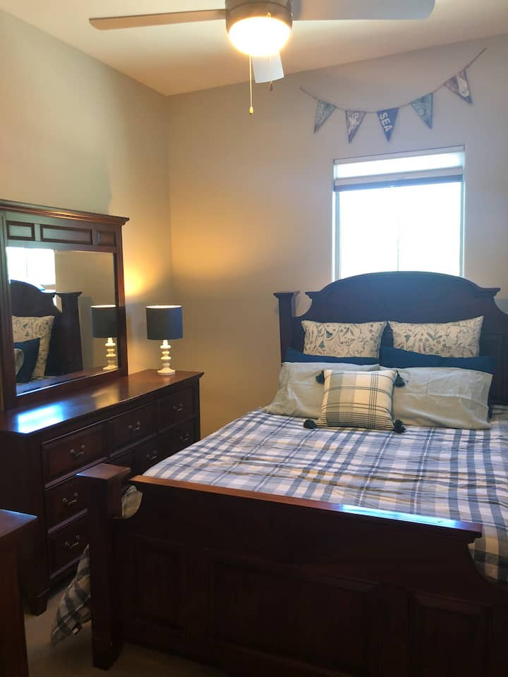 Beautiful bedroom with private bathroom and atrium
