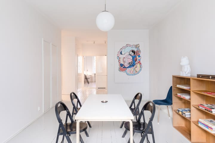 Minimalist & Spacious Apartment
