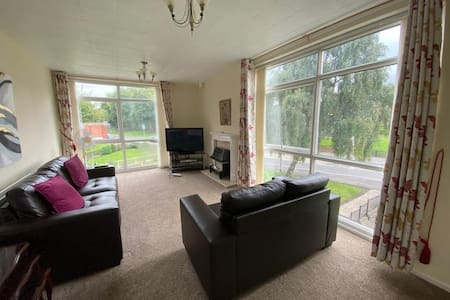 A quiet retreat close to Leeds sleeps 6