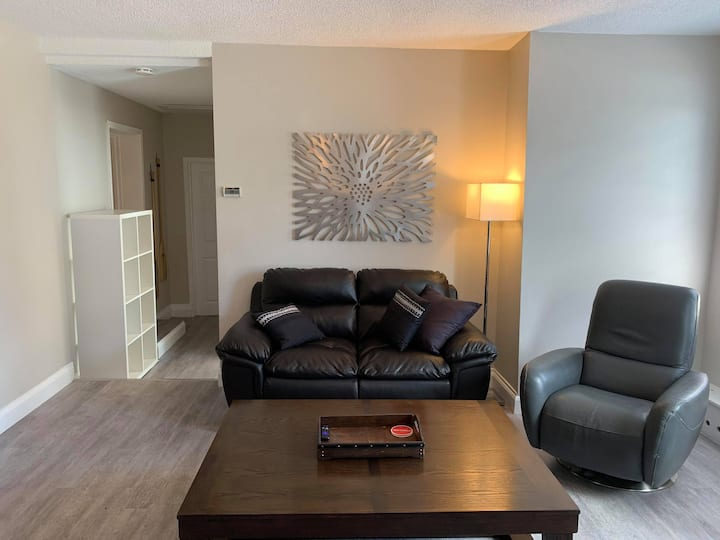 Private Apartment in Downtown Penetanguishene