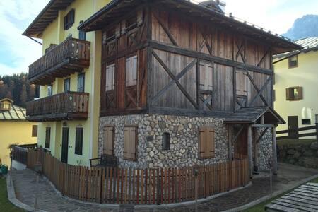 Casa dei Tofi a Padola - Padola