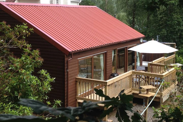 Cruachan Lodge, Scottish Luxury with Hot Tub