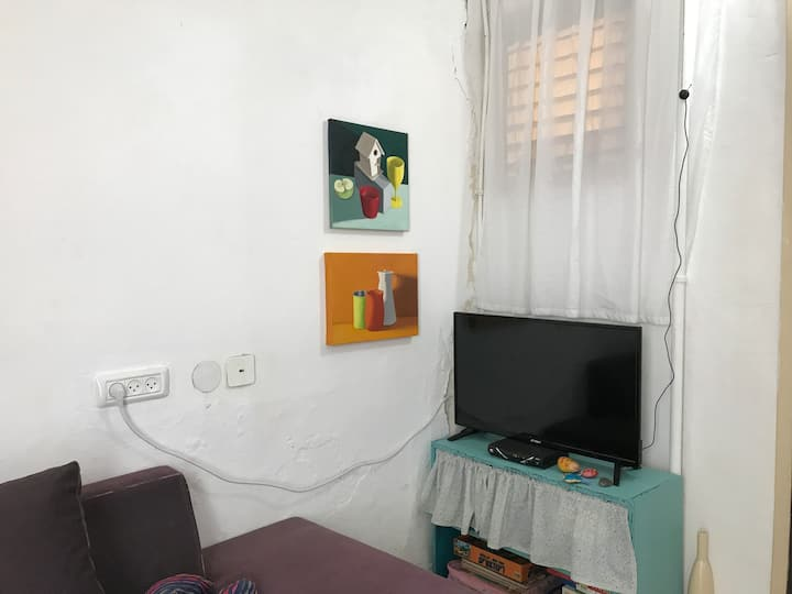 Lovely and comfortable apartment in Tel-Aviv