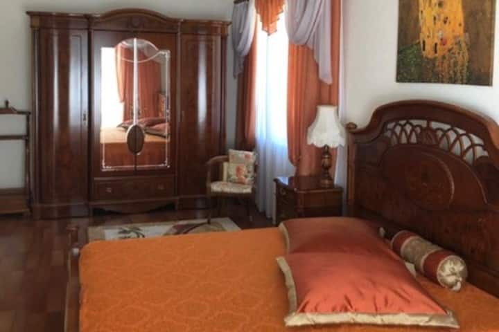 Comfortable rooms in sunny Sochi