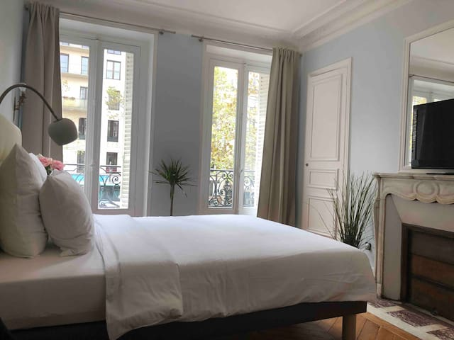 CHARMING APART PARIS ST GERMAIN PRES MONTPARNASSE