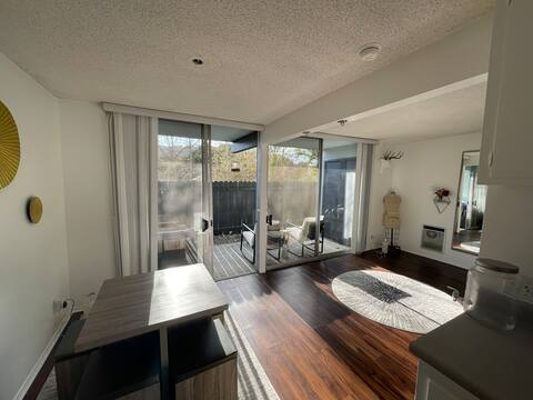 1 bedroom en-suite apartment 5 mins from the beach