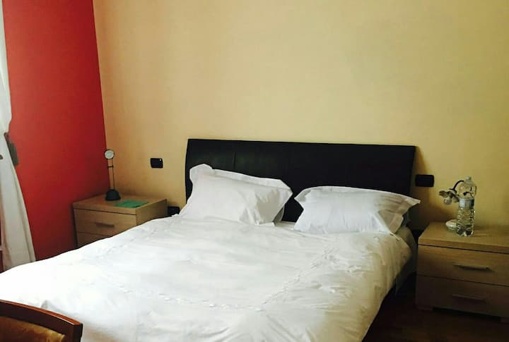 Cosy room; Flat near Milan Malpensa