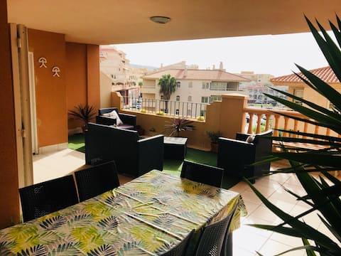 Apartment-sea views up to 6 Guests in Almerimar