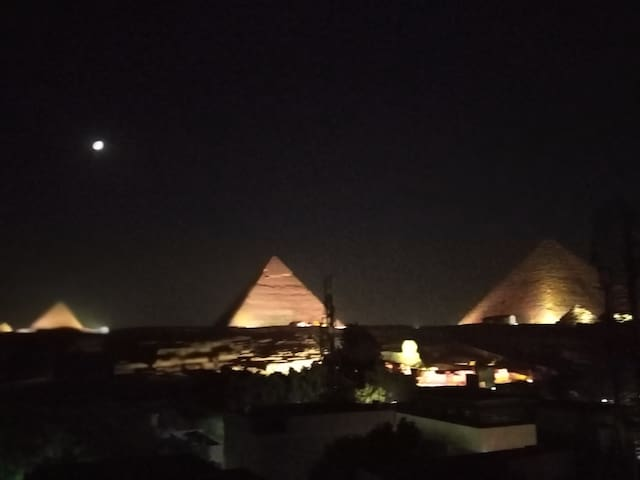 Pyramids View Ideal for Family reunification