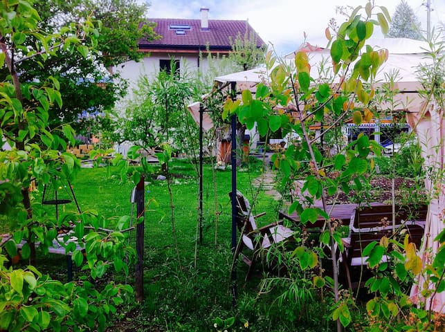 Ruheoase mit Garten Nähe Thunersee - Thun - Haus