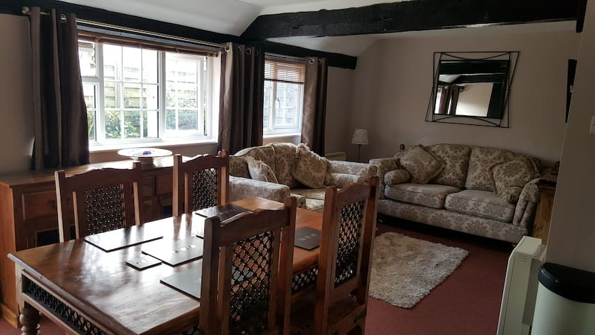 Otters' Lodge: Country cottage close to beaches - Somerset - Bungalow