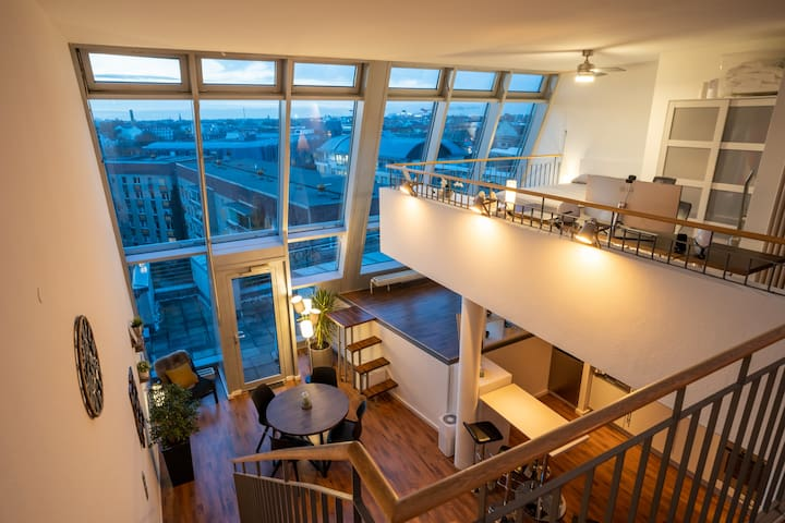 Breathtaking penthouse directly in the city center