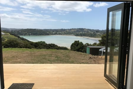 Anzac Bay Views Studio 1 - Waiheke Island - Cottage