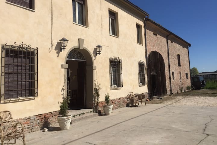 La casa dei Prugni - Boretto - House