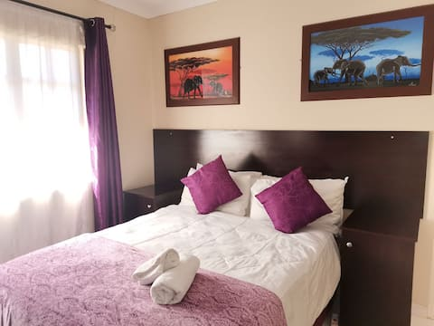 Suitable accommodation for travellers - (Room 21)