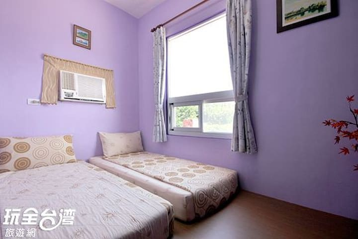 Green island See Star and back packer Hostel -雙人房