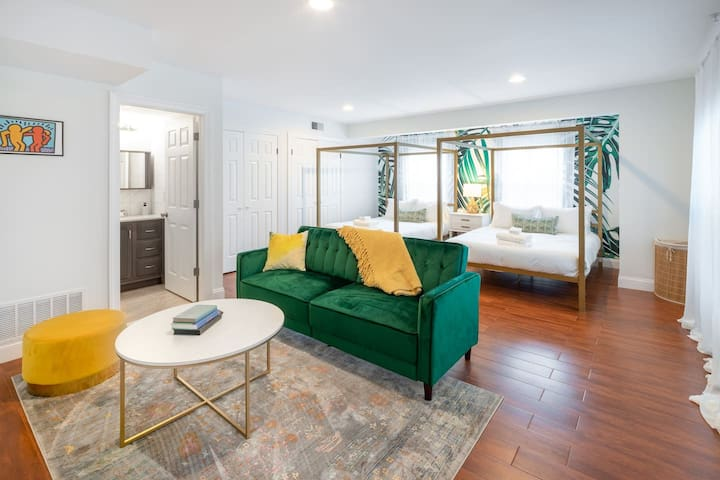 Stunning 2-Bed 1-Bathroom Suite
