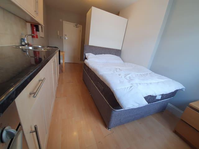 Studio Apartment South Kensington