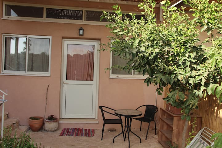 Guy's place - Kinneret - Pension