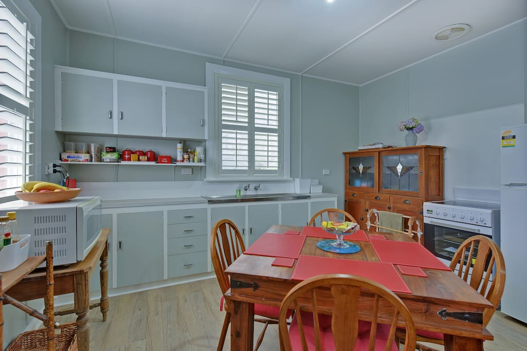 Tea Tree Bungalow. Fully equipped kitchen.